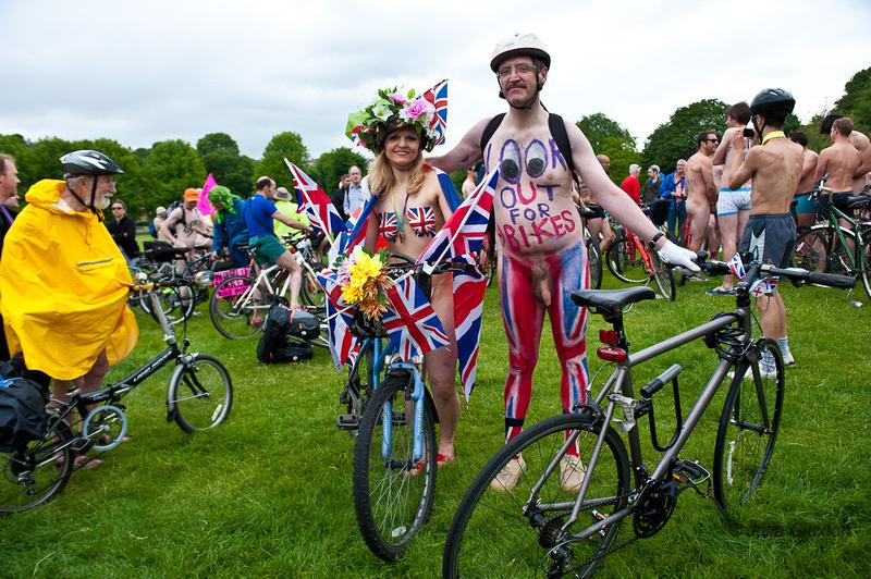 Julia Claxton Photography | 2012 Brighton Naked Bike Ride